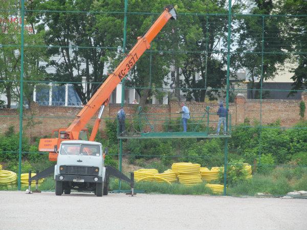 http://fczirka.com.ua/images/rek/11-06-2014/recon-stadium-11-06-2014-3.jpg